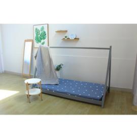 Montessori ágy tűnyalábos fenyőfa szürke GROSI