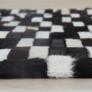 Kép 7/9 - Luxus bőrszőnyeg, barna /fekete/fehér, patchwork, 141x200, bőr TIP 6